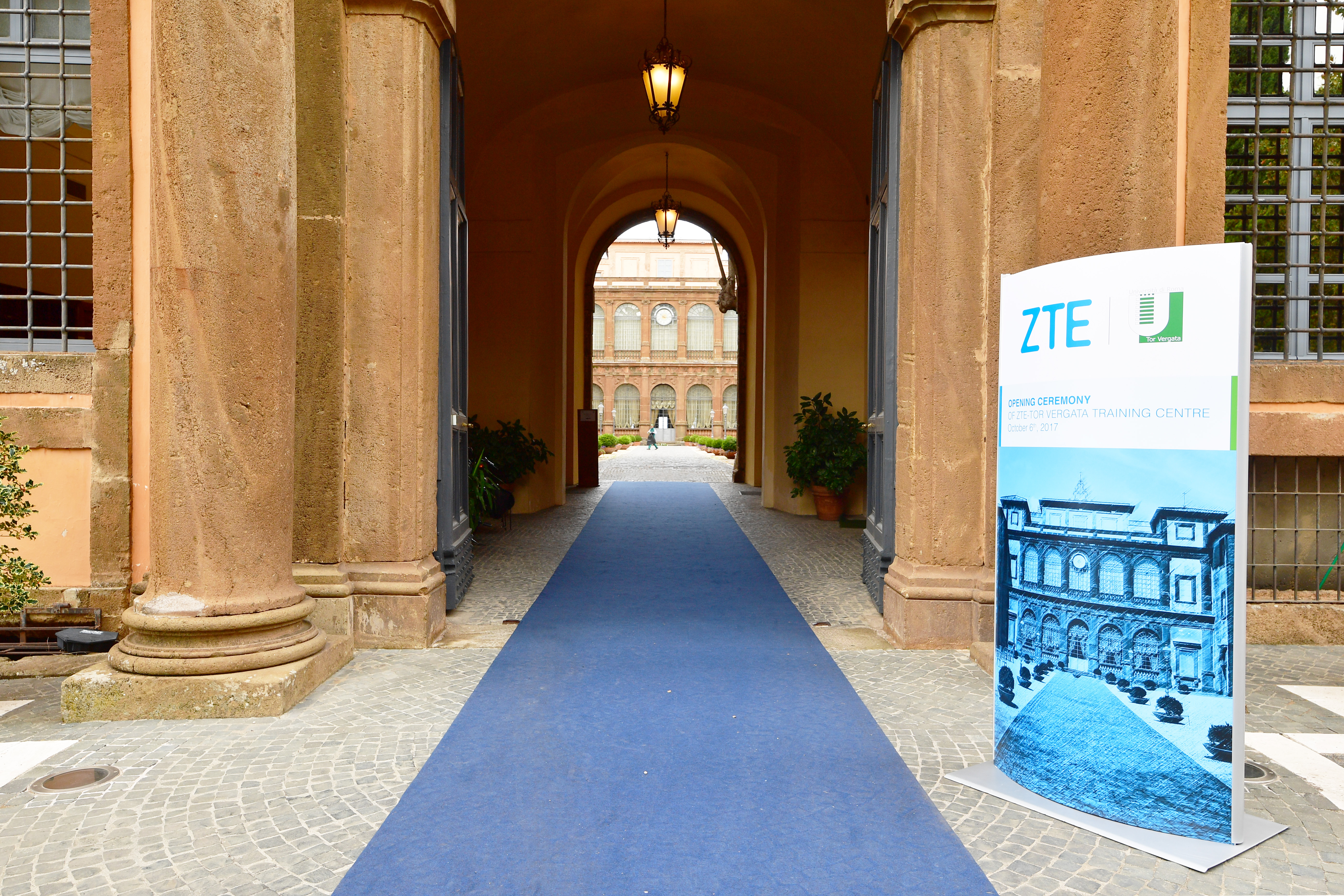 ingresso Villa Mondragone